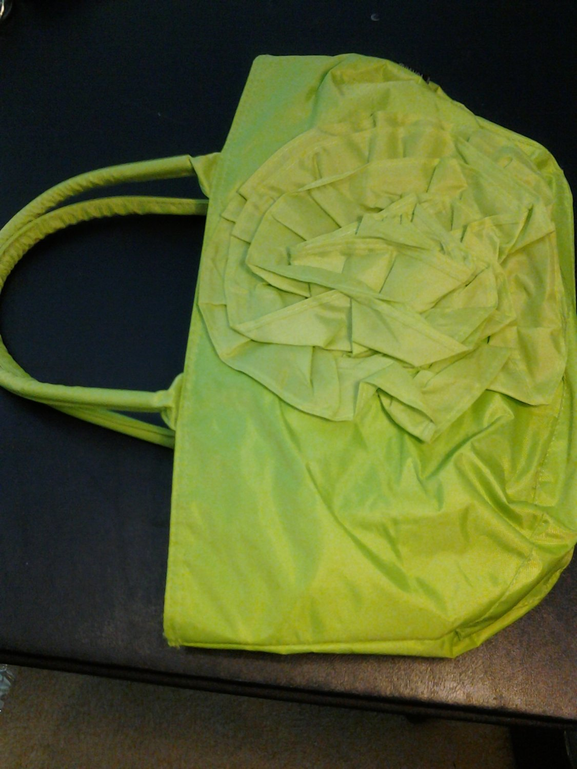 Brand New Large Beautiful Green Vinyl Purse W/Front Flower
