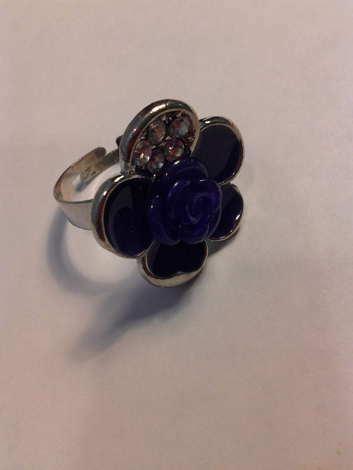 Brand New Beautiful Purple Flower Silver Ring With Bling