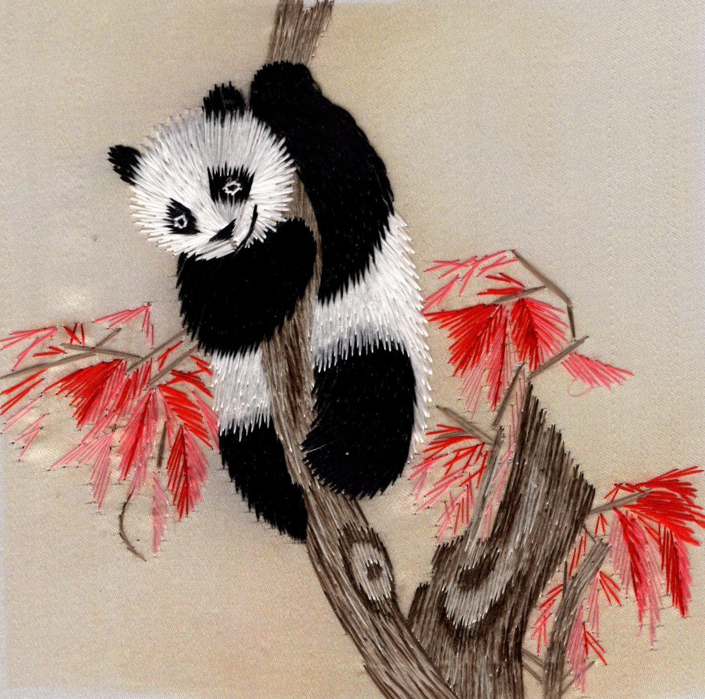 Chinese Silk Embroidery Art Handmade Chinese Giant Panda Bear Decor Handicraft