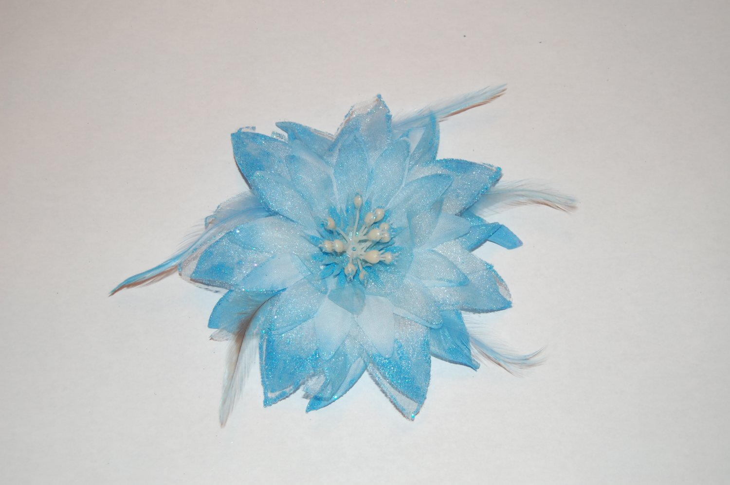 """5"""" Baby Blue Glitter Feather Flower with Berries Clip & Hair Tie"""