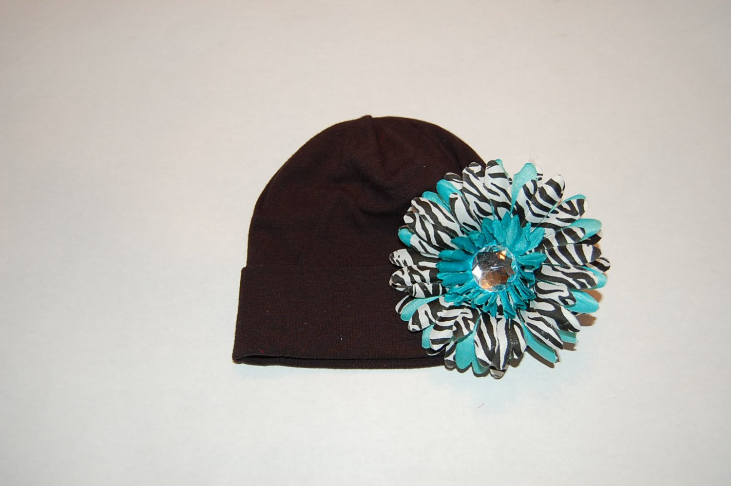 """Cotton Black Hat with 4"""" Turquoise Stacked Zebra Daisy"""
