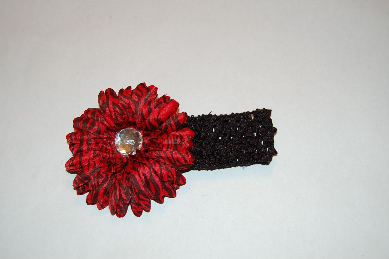 """4"""" Layered Daisy, Crocheted Headband, Burgandy/Black"""