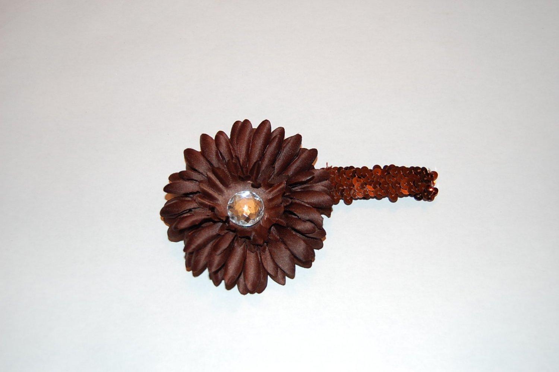 """4"""" Flat Daisy on 1'Sequin Headband, Brown"""