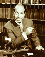WNEW-AM  Martin Block  June 5, 1945 -Live broadcast featuring a tribute to Glen Miller -4 CDs