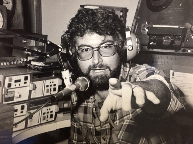 WALL Airchecks Jim Frey  8/30/80 scoped songs   1 CD