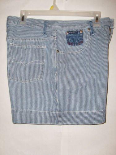Z Cavaricci denim Jean Shorts women's Size 32 EUC