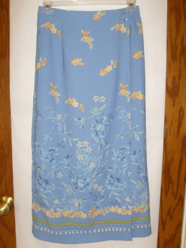 Women's Sag Harbor Skirt Size 12 Blue with flowers