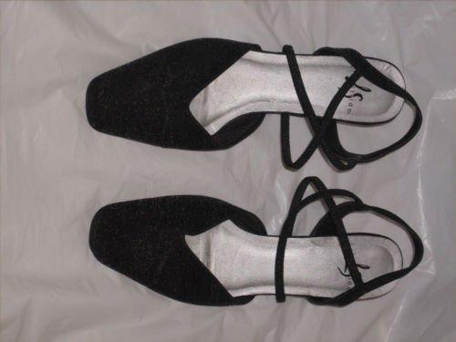 """LifeStride Black 2.5"""" Heels closed toe size 9N"""