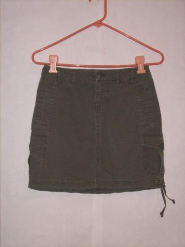Mossimo Army Green Cargo Skirt size 1 Juniors Mini