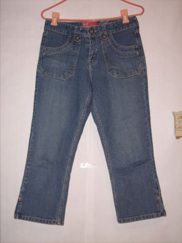 Levi Strauss Signature Blue Denim Jean Capris size 6