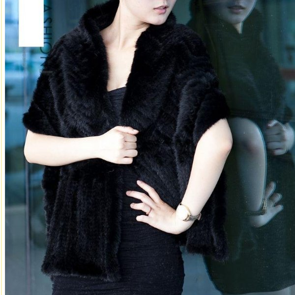 Gorgeous Genuine REAL Hand Knited Mink Fur Shawl/Scarf, Black