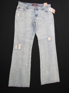 NWT TYTE DISTRESSED & DESTROYED JUNIORS JEANS W/EMBELLISHMENTS SIZE 11