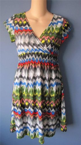 MULTI PRINT DRESS W/CAP SLEEVES CROSSOVER NECK SMALL