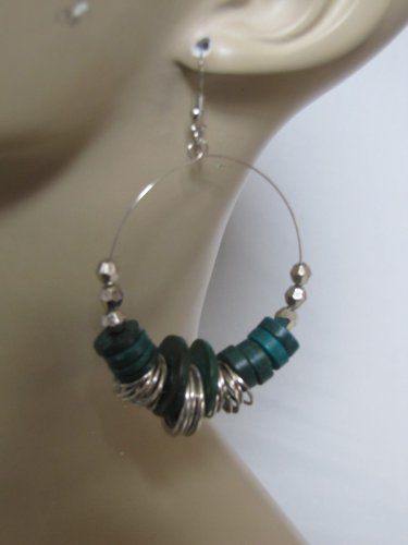 SILVER TONE HOOP EARRINGS W/GREEN COLOR BEADS & SILVER DISC ACCENTS