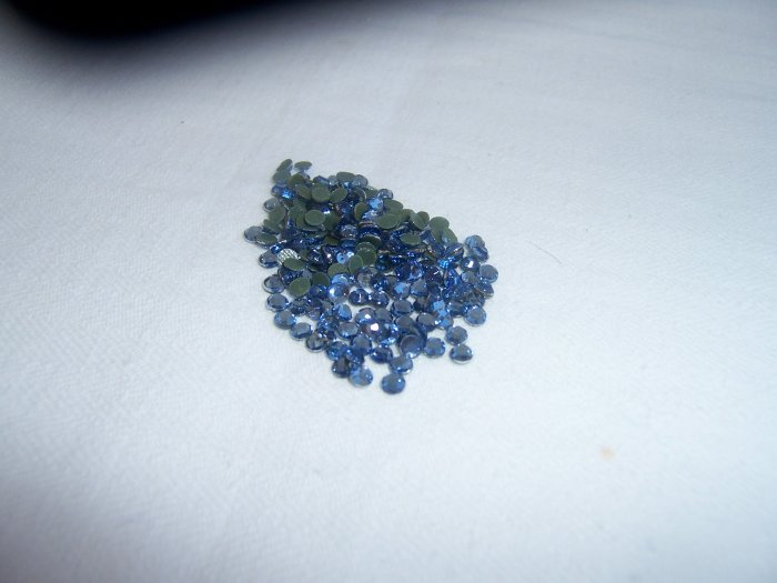 16ss (4mm) Hot Fix Rhinestones Lt. Blue 1gross (144pcs)