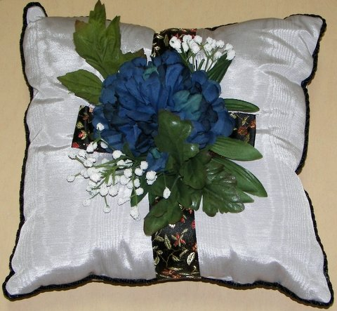 Silver Moiré Pillow with Midnight Blue Mum