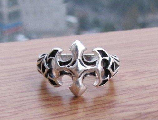 Beautiful Tibetan silver cross ring  (A40)