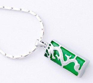 925 green jade jade pendant with silver (P132)