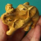 Manual sculpture attractive bordered woodcarving, grace a conjugal love object