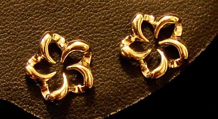 14kt Gold Open Plumeria Earrings