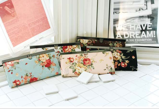 NEW ANNASUI VINTAGE FLORAL Muti-Billfold Trifold COIN PURSE WALLET Holiday GIFT