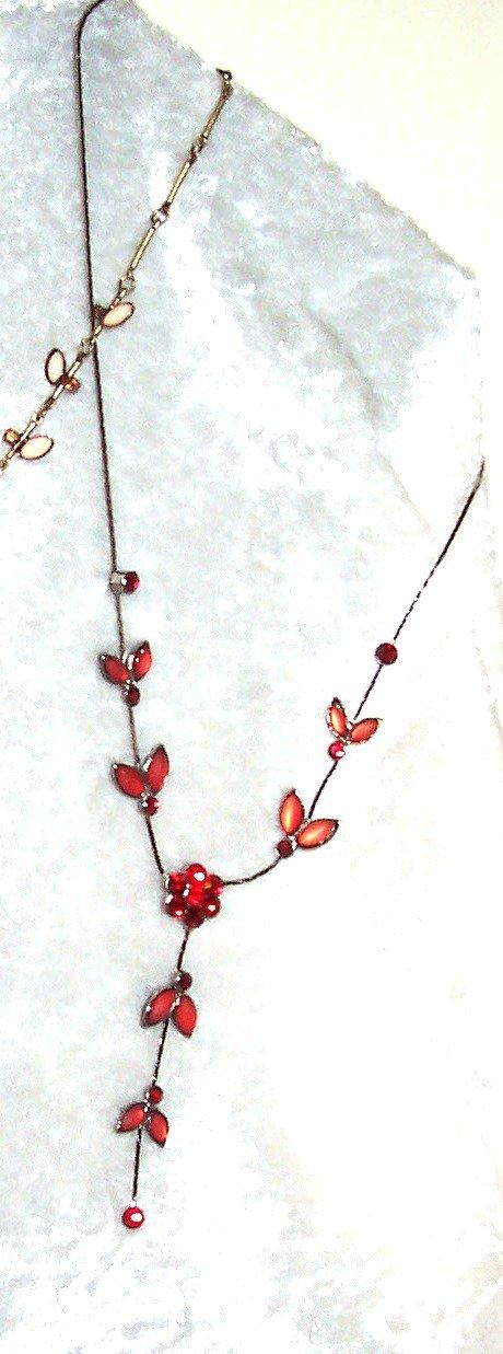 Red Vine Glass & Rhinestone Flower Necklace