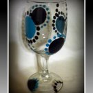 Blue and Black Dots 8 oz wine glass