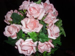 GORGEOUS SOFT PINK ROSES AND IVY BOUQUET!!