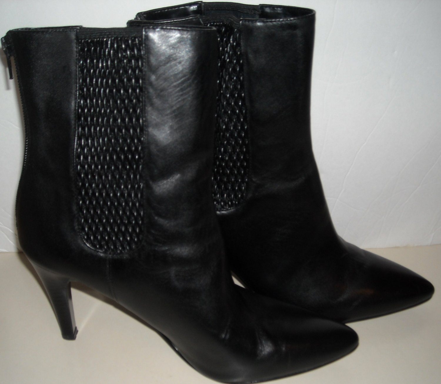 WORTHINGTON BLACK ANKLE BOOTS SIZE 9-1/2