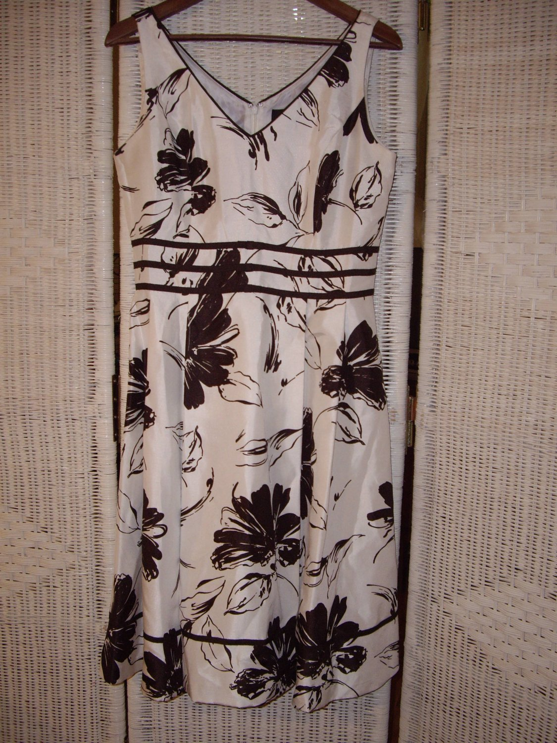 Womens Classic Floral Dress
