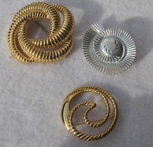 3 Circle Round Brooch Pins Trifari Monet W Germ Gold Tone Swirled Ribbed Scarf