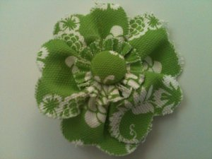 FABRIC WHITE & GREEN FLOWER