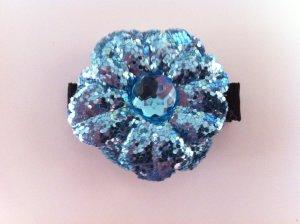 BLUE GLITTER FLOWER W/ GEM