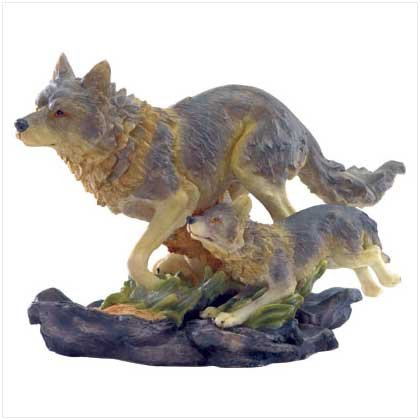 WOLF AND CUB FIGURE-POLYRESIN