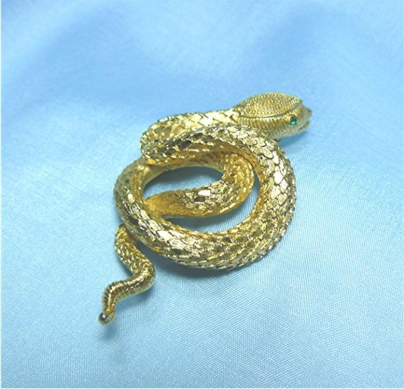 *Vintage Curled Goldtoned Snake with Green RS Eyes Brooch/Pin:  Beautifully Detailed Finish
