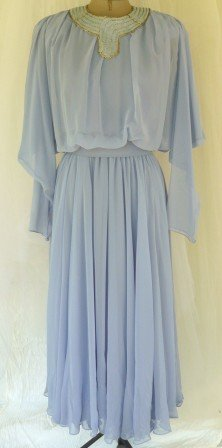 Totally Gorgeous Soft Lavender Chiffon After 5/Party Dress: Iridescent Beaded Collar, Super Look!