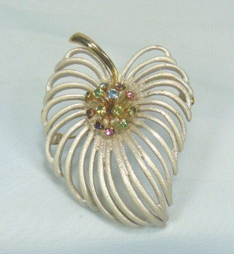 *Pretty Vintage Open Look Leaf Pin/Brooch: White Pearlized Finish w/Multi-colored RS Accent