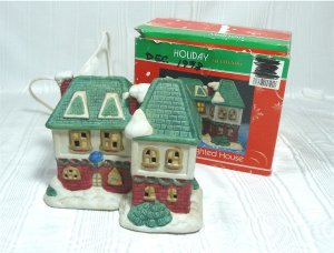 Holiday Traditions:  2 Story Porcelain Old English Style Inn, Lighted for Christmas Village