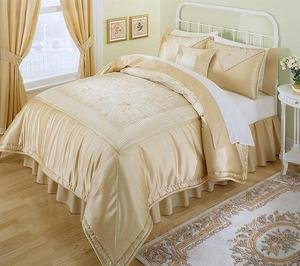 LUXURY Gold  7pc Complete Embroidered Comforter Set Ensemble Cal. King