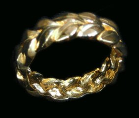 Solid Gold Men's Ring with Leaf Design from Hawaii