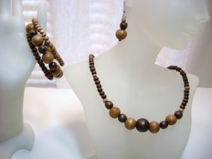 Natural Wood Beaded Necklace Set