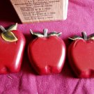 Home Interiors and Gifts Set of 3 Decorative Apple Plaques (WLB1)