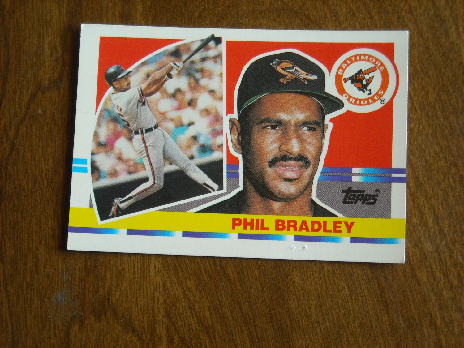Phil Bradley Baltimore Orioles Outfield Card No. 202 - 1990 Topps Baseball Card