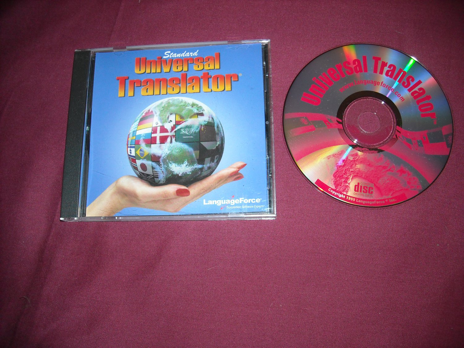 Standard Universal Translator by Language Force PC CD-Rom Software 1999