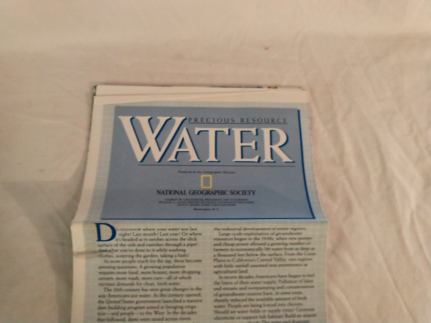 National Geographic Double sided Map Precious Resource Water and Facts About Water Use (1995)