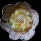 Flower Jum Pee aromatic candle in kala