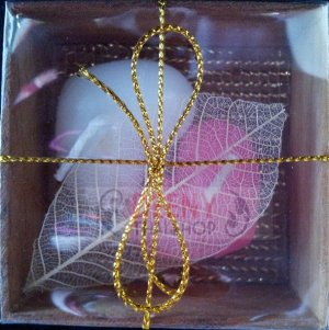 Sweet heart candle in wood box