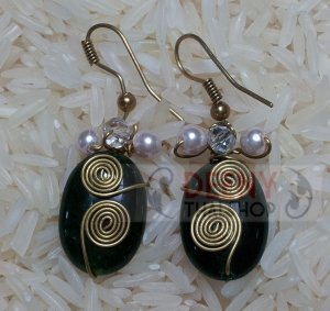 Green stones earring by handmade