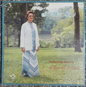 Lillian L. Schrader - God Is the Light - Henry Slaughter Singers - Shalom Productions LP S1979