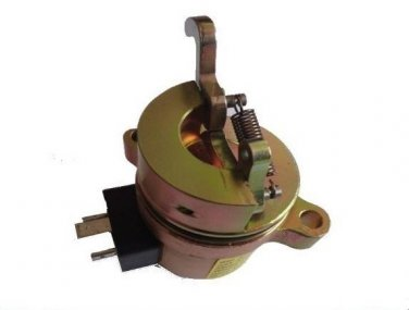 DEUTZ Fuel Shut Off Solenoid 04272733 Bobcat Skid Steer Loader 863 873 BF4M1011F